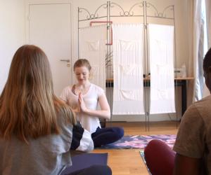 Cours de yoga solidaire